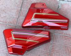 Alpha side cover (pair) red