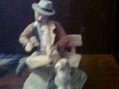 "Figurine ""Fiddler with dog"""