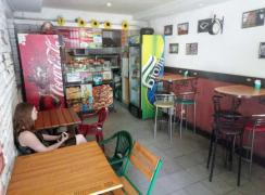 Pizzeria, 38 sq. m., Red Line, separate entrance, street