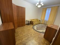 Rent a three-room apartment in Pechersk